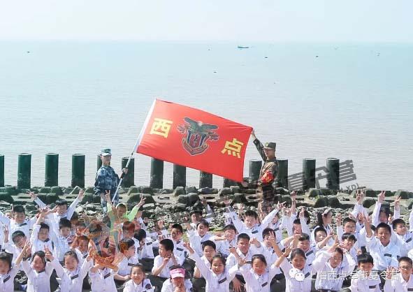 上海西点军训始终秉持着一贯的训练热情