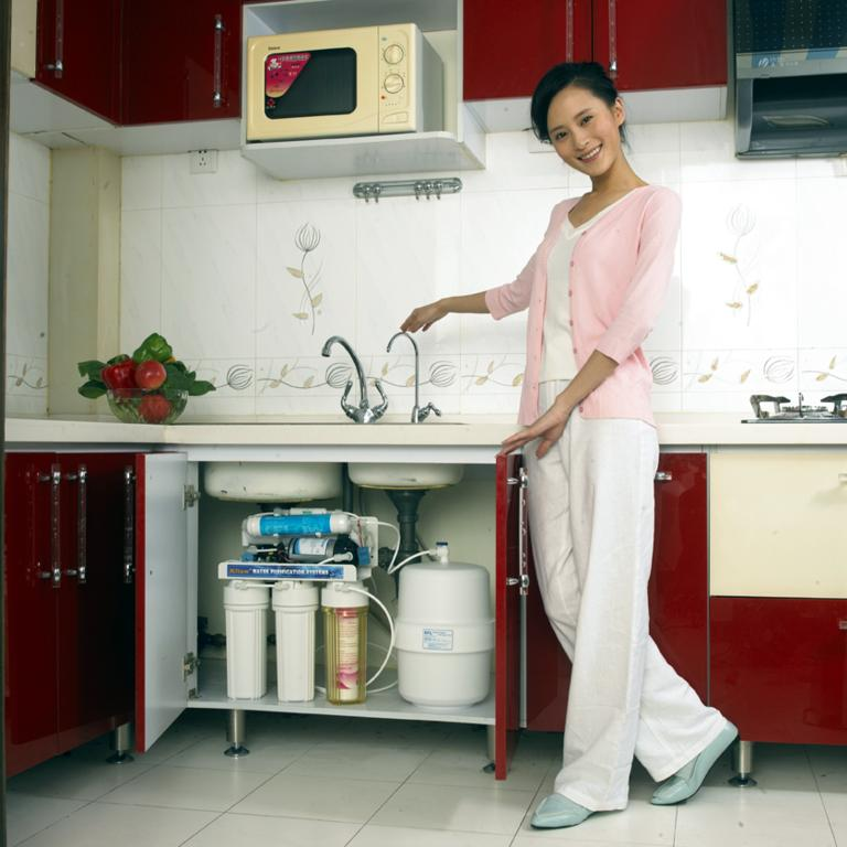 上海换净水器滤芯沁园安吉尔爱惠浦达美尔康净水器服务公司